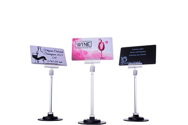 Cene i nazivi proizvoda na plastičnim karticama